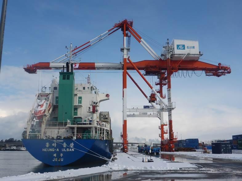 平成26年度金沢港港湾施設機能整備(荷役機械)工事(詳細設計)業務委託(基礎工)